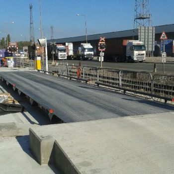 Surface Mounted Eurodeck SB Weighbridge installed