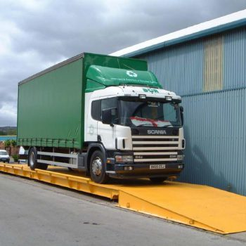 Surface Mounted Weighbridges with lorry using
